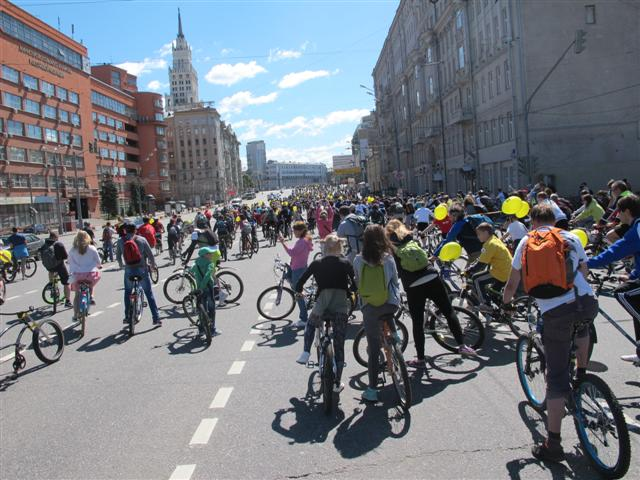 Bike parade in Moscow