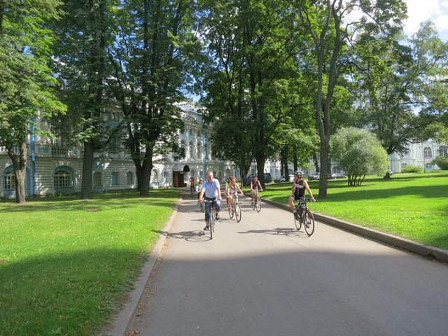 Bicycle tour in St. Petersburg